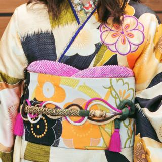 岡田結実 新作振袖 OK7の衣装画像2