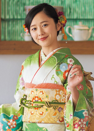 Furisode Collection 2019の衣装画像3