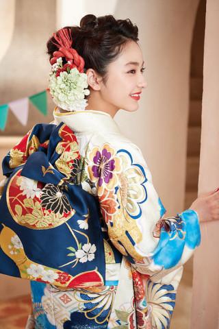 平祐奈モデル振袖の衣装画像3