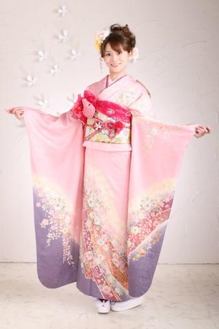 ピンク紫振袖フルセットの衣装画像1