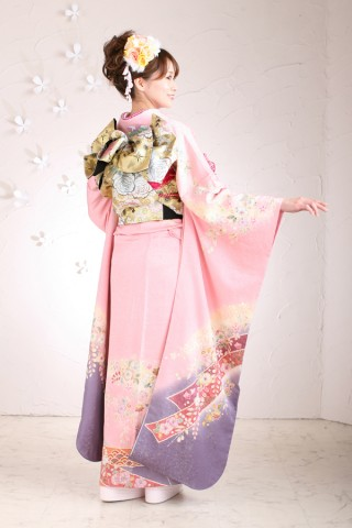 ピンク紫振袖フルセットの衣装画像2