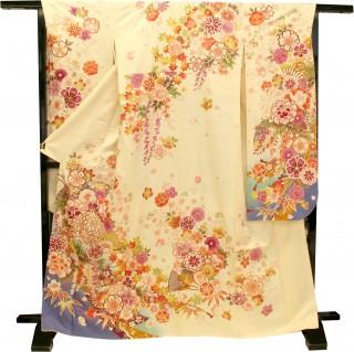 人気ブランド『ミルフィーユ』シリーズの振袖 正絹(シルク100%)の衣装画像2