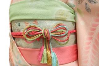 振袖レンタル 23点フルセット 辻が花模様・薄いピンク(正絹・シルク100%)の衣装画像2
