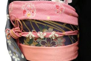 振袖レンタル 23点フルセット 桜(シルク100%)の衣装画像2