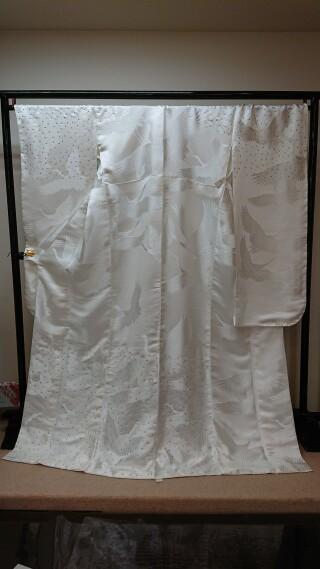 白無地スワロフスキーの衣装画像3