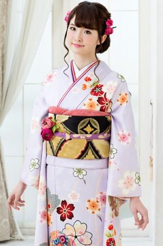 薄藤色に毬と桜柄振袖【MK-607】の衣装画像2