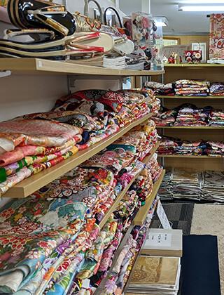 きもの京彩 平塚ユーユー店の店舗画像2