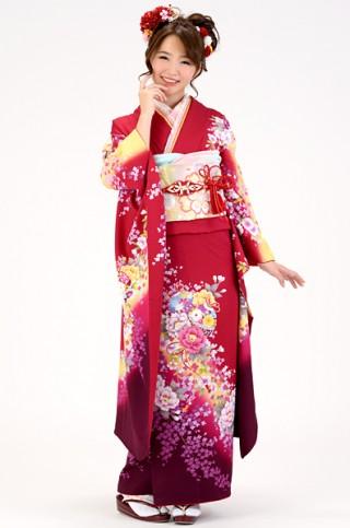 赤地にイエローぼかしのキュートな小花柄振袖【MK-111】の衣装画像1