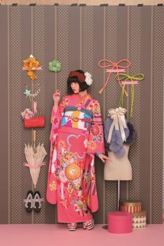 玉城ティナの衣装画像1