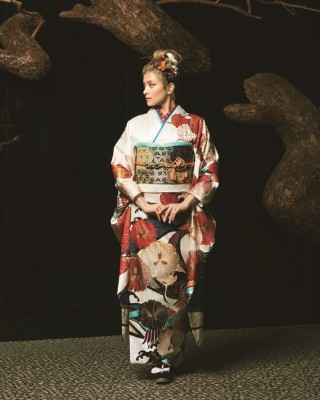 RORA ローラの衣装画像2