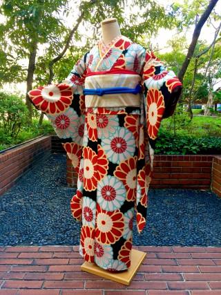 【和風館】黒 大菊