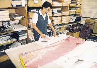呉服の三尾常の店舗画像3