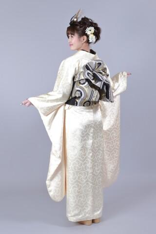 玉城ティナ43-003M2の衣装画像2