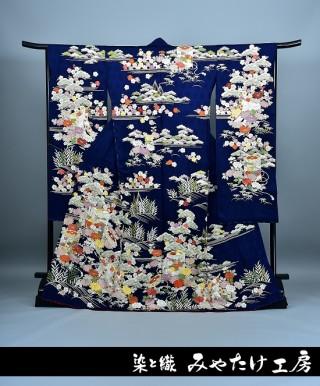 総刺繍 古典柄 振袖の衣装画像1