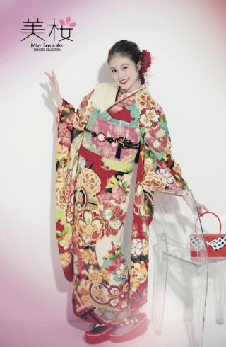 今田美桜振袖