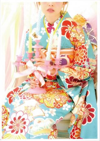 "「Ray」専属モデルの加藤ナナ "" doll ""の衣装画像2"