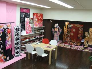 中西呉服店 Kimono唐草本店の店舗画像2