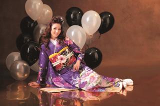 モデルノ 紫蝶柄の衣装画像2