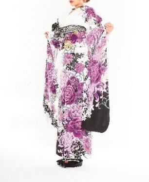 着物ageha掲載の衣装画像2
