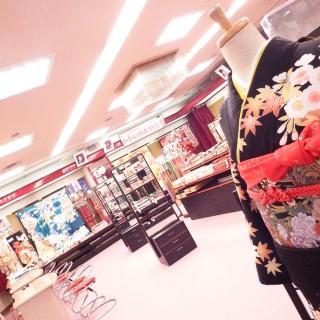 晴れ着の丸昌 北千住店の店舗画像2
