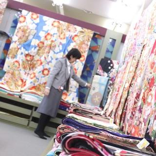 晴れ着の丸昌 春日部店の店舗画像2
