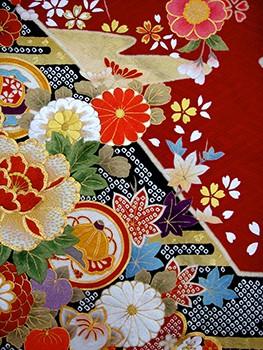 手刺繍振袖 プレミアムfu625 赤絞りの衣装画像2
