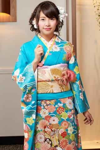 鮮やか空色に金彩雪輪と古典四季花【MK-702】の衣装画像2