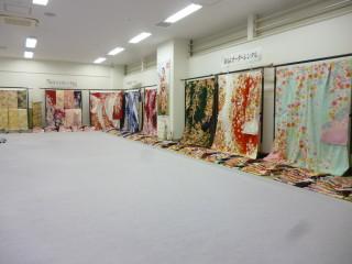 京都きもの友禅 越谷店の店舗画像1