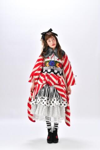 JAPAMSTYIE赤白ストライプの衣装画像2