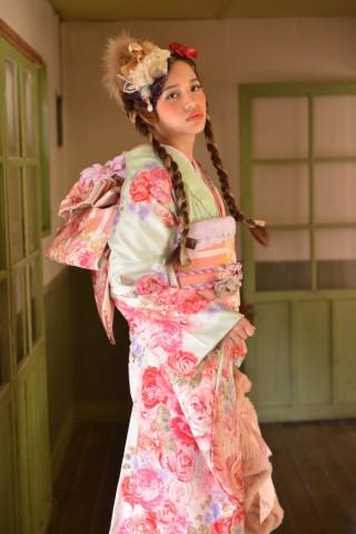 No.735 LIS LISA 百緑アンナの衣装画像2