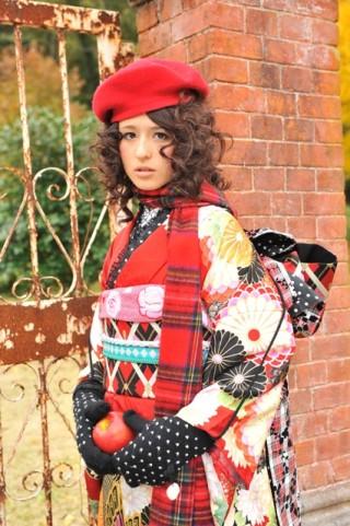 No.698 南明奈 丸寿菊赤 & No.697 南明奈 万寿菊グリーンの衣装画像2
