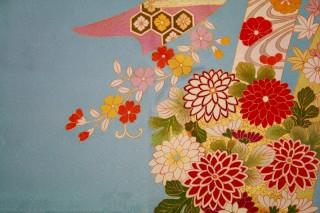 手描き友禅古典柄(熨斗に四季の花)振袖の衣装画像2