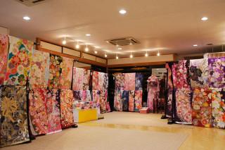 まきやす衣裳店 蒲郡店の店舗画像2
