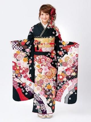【新作】伝統をまとって振袖美人 刺繍