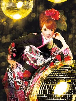 【新作】着物ageha 八鍬里美(さとみん)着用 ゴージャスの衣装画像2