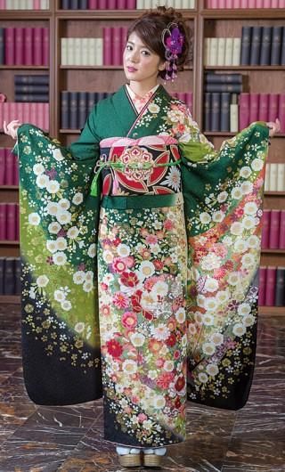 緑系古典柄振袖の衣装画像1