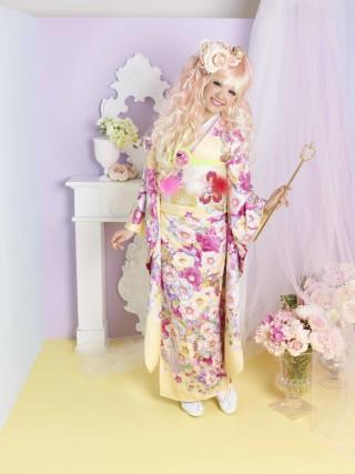黄色振袖。洋風桜ピンク。洋風桜紫