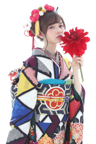 限定ブランド「ミモア」の衣装画像2