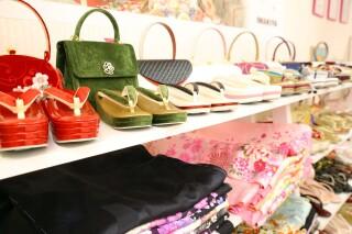 IWAKIYA横須賀店+an Rougeの店舗画像4