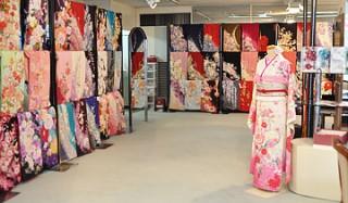 ブライダルミユキ 八代店の店舗画像1
