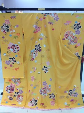 振袖☆黄色(古典)の衣装画像1