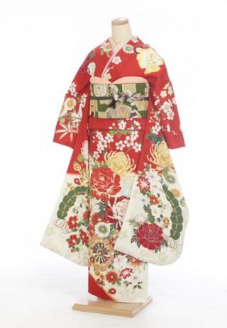 【花ごろも】定番の赤でキュートな振袖