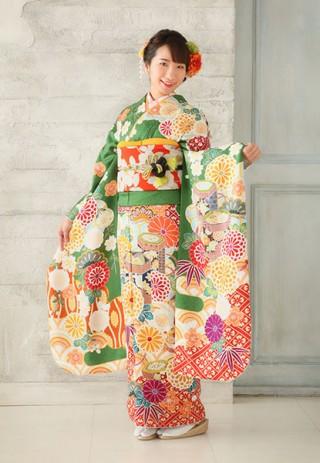 【花ごろも HANAGOROMO】さわやかで元気な笑顔とグリーンがまぶしいとびきりかわいい晴れ姿
