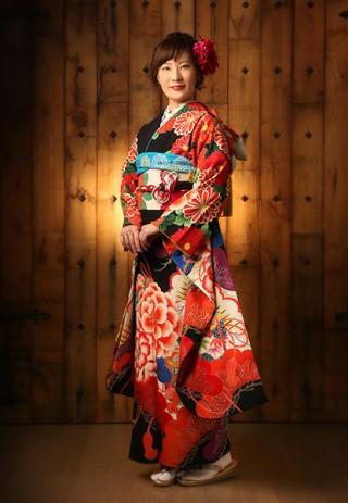 【キスミス×玉城ティナ】〜モダンブラック〜の衣装画像1