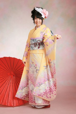 No.40080 黄色×ピンクの女の子らしい振袖
