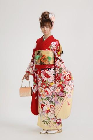 赤地春花(レンタル振袖一式 130,000円)