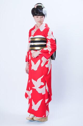 小松菜奈さんが成人式で着用☆それいゆオリジナル振袖RF-126の衣装画像1