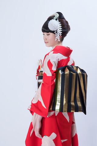 小松菜奈さんが成人式で着用☆それいゆオリジナル振袖RF-126の衣装画像3