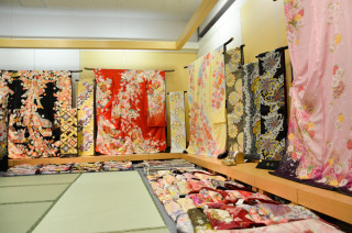 ちりめん屋 らぽ〜る舞鶴店の店舗画像2