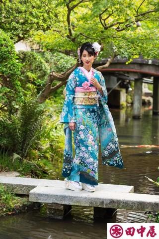 2021田中屋呉服店 振袖の衣装画像2